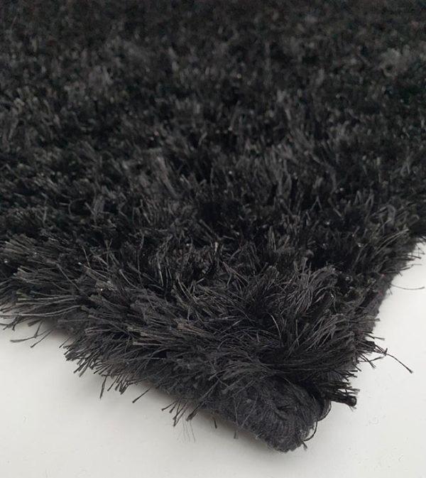 azabache negra